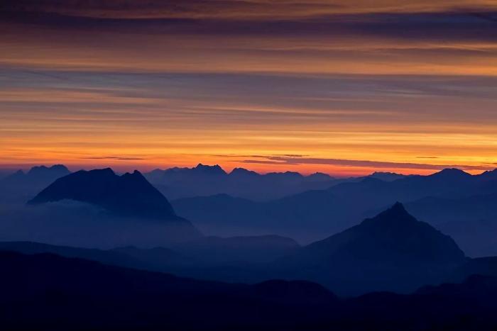 [10] Morgenrot am Dachstein ©Herbert Raffalt © Deutscher Alpenverein Sektion Rheinland-Köln