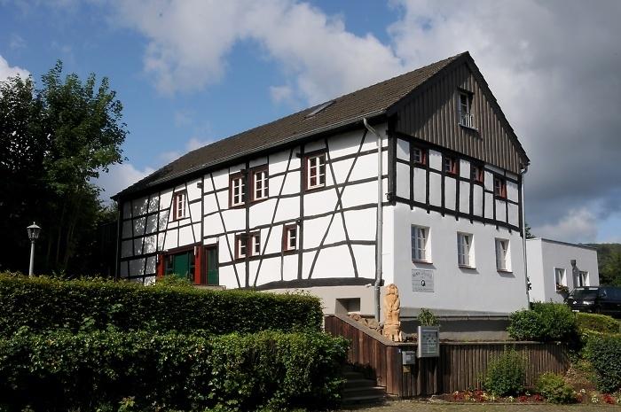 [15] Kölner Eifelhütte in Blens ©Kalle Kubatschka © Deutscher Alpenverein Sektion Rheinland-Köln