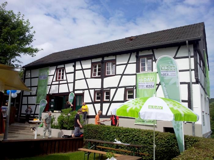 [24] Kölner Eifelhütte in Blens / Eröffnungsfeier ©Kalle Kubatschka © Deutscher Alpenverein Sektion Rheinland-Köln