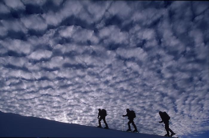 [107] Aufstieg mit Ski ©Robert Bösch © Deutscher Alpenverein Sektion Rheinland-Köln