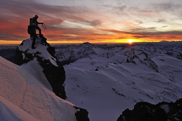 [108] Sonnenaufgang ©Robert Bösch © Deutscher Alpenverein Sektion Rheinland-Köln