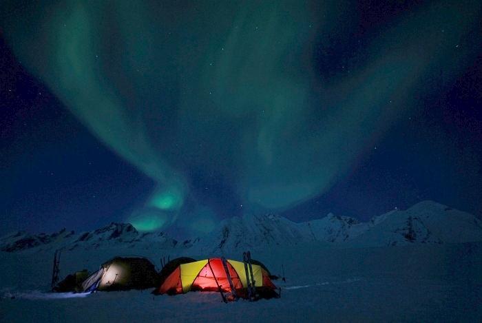 [124] Nachts in Grönland ©Axel Vorberg © Deutscher Alpenverein Sektion Rheinland-Köln