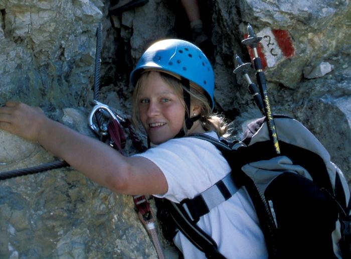 [218] Betti am Klettersteig ©Kalle Kubatschka © Deutscher Alpenverein Sektion Rheinland-Köln