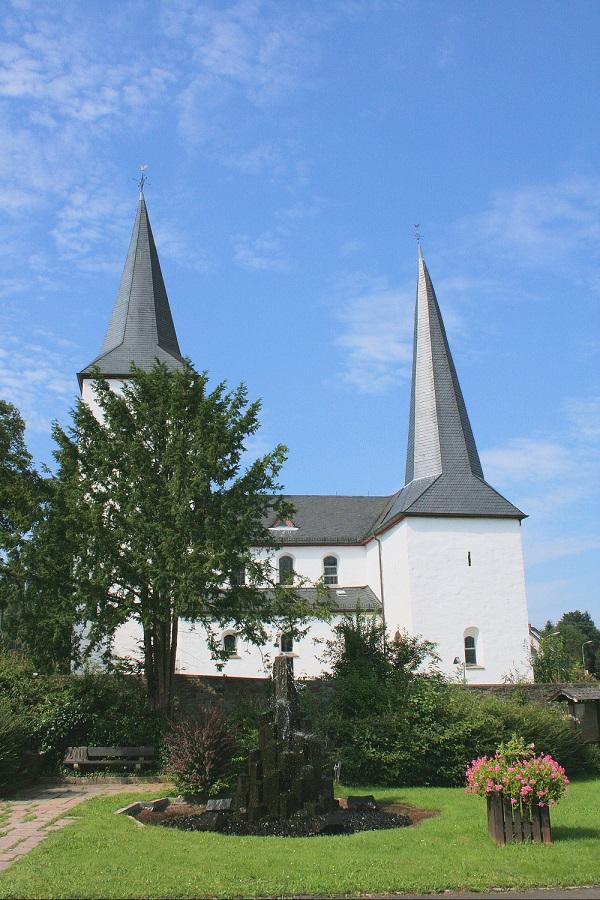 Kirche Leuscheid © Deutscher Alpenverein Sektion Rheinland-Köln