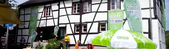 [24] Kölner Eifelhütte in Blens / Eröffnungsfeier ©Kalle Kubatschka