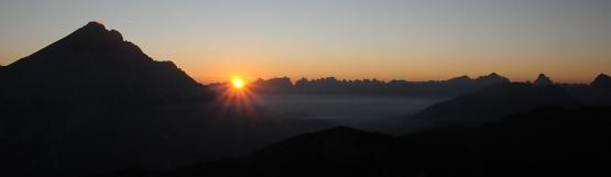 [52] Antelao bei Sonnenaufgang vom Monte Pelmo ©Kalle Kubatschka