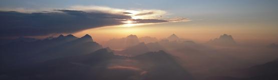 [76] Sonnenaufgang am Piz Boe ©Kalle Kubatschka
