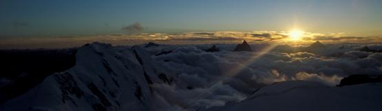 [181] Sonnenuntergang auf der Signalkuppe, Monte Rosa ©Kalle Kubatschka