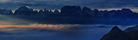 [221] Dolomitenpanorama - Refugio Segantini ©Cesare Carlo Martinato